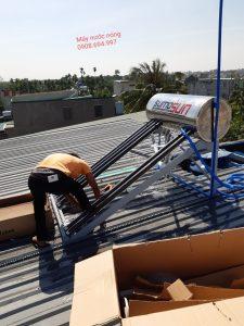 Địa chỉ bán máy nước nóng năng lượng mặt trời