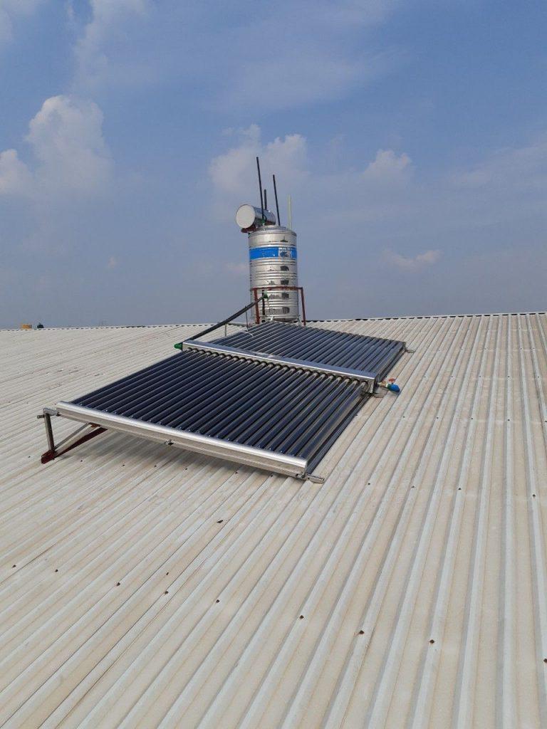 Bồn nước nóng năng lượng mặt trời công nghiệp Bình Minh